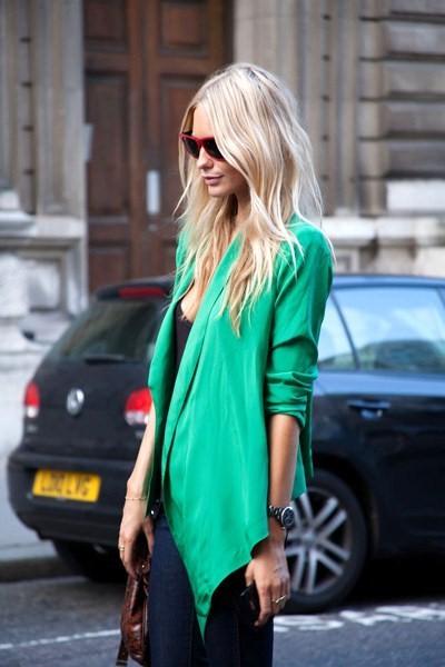 chaqueta verde esmeralda