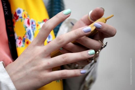 laca de uñas pastel