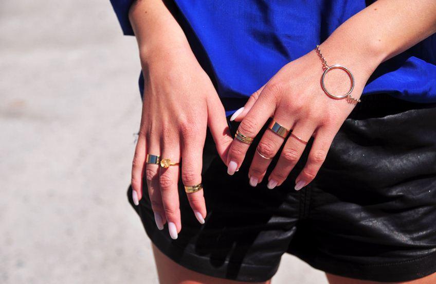 anillos dorados moda