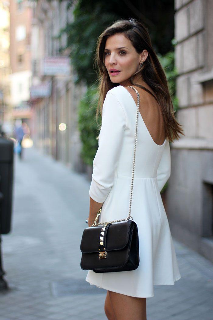 Zapatos para un vestido corto blanco
